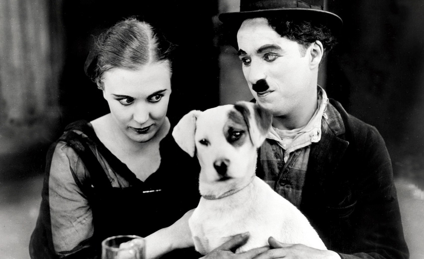 Кадр из фильма с Чарли Чаплиным